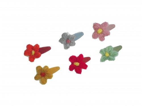 Παιδικό κλικ κλακ με πλεχτό λουλούδι